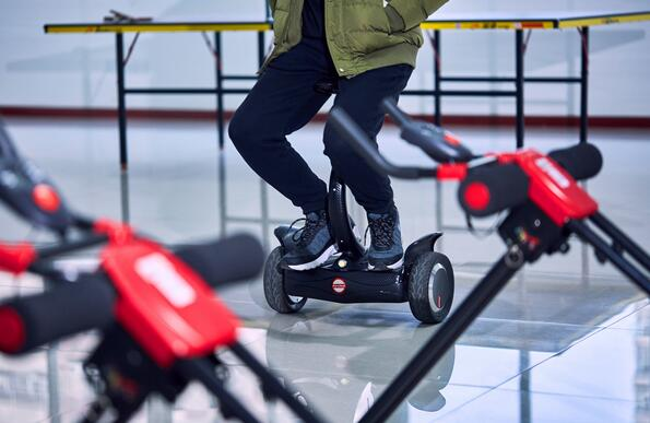 Airwheel robot electric scooter