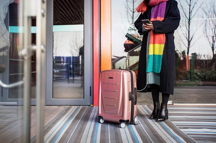 Airwheel smart SR3 suitcase