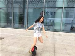 Airwheel Ona je uvijek mlada wink emoticon ?#?TopWheels? ?#?Airwheel? ?#?Uvijekmlad?