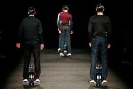 Airwheel na pisti grin emoticon ?#?TopWheels? ?#?Airwheel? ?#?Pista? ?#?Moda? - TopWheels