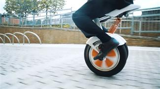 unicycle self-balancing