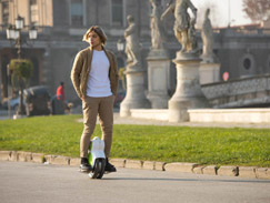 Airwheel Q6 two wheel self balance scooter