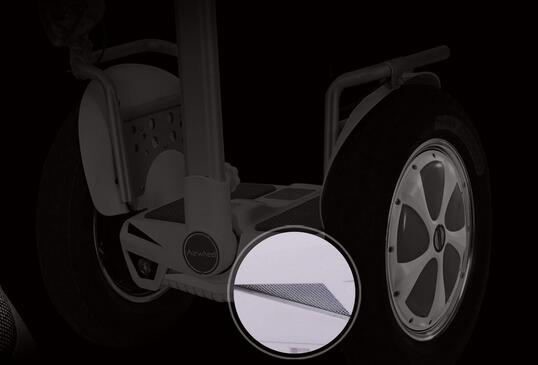 In many products made by Airwheel, the customer-oriented or –centred design notion is displayed in full.