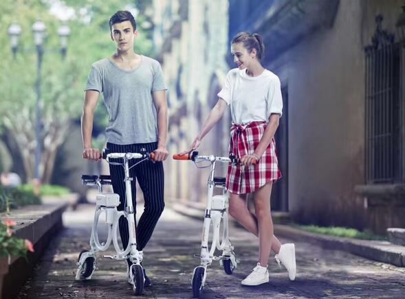 Airwheel is always dedicated to producing intelligent electric scooters with practical performance and perfect design details.
