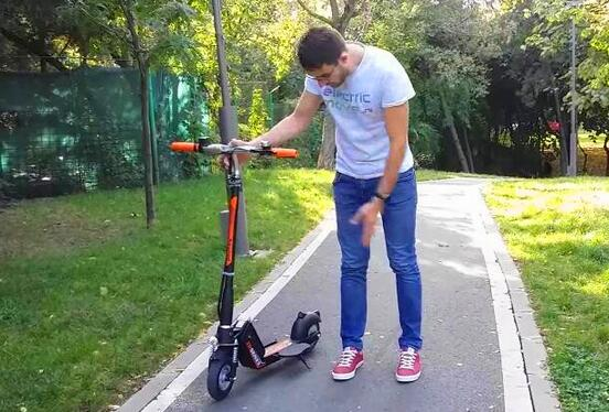 Airwheel Z5 foldable electric scooter is qualified as such a transport.