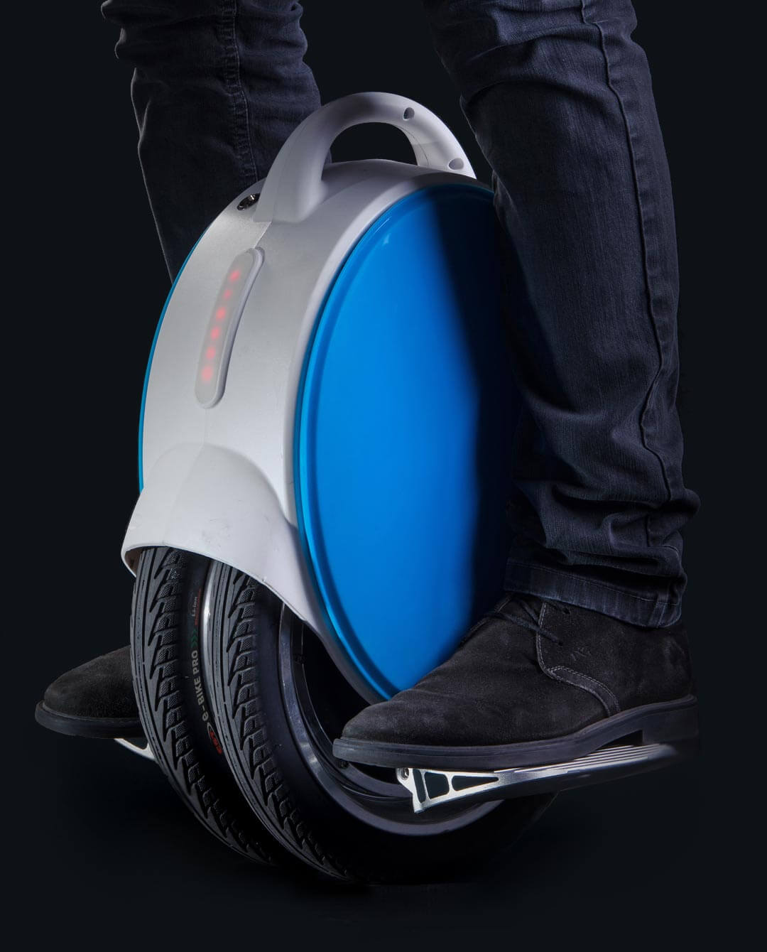 Airwheel Q5 dark backround