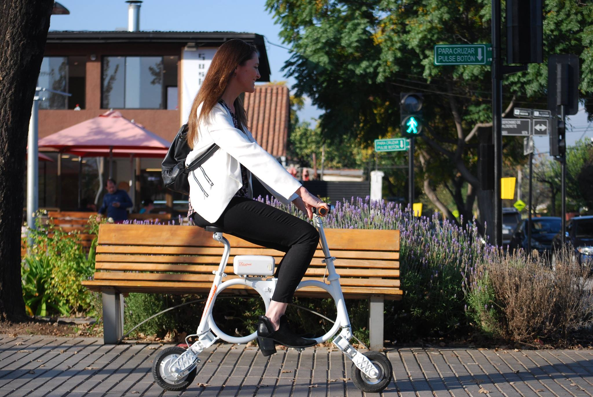 Airwheel E3 backpack mini ebike