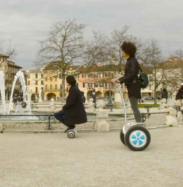 scooter dos ruedas eléctrico